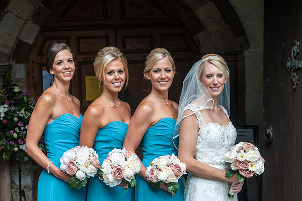 Wedding bride and bridesmaids photograph